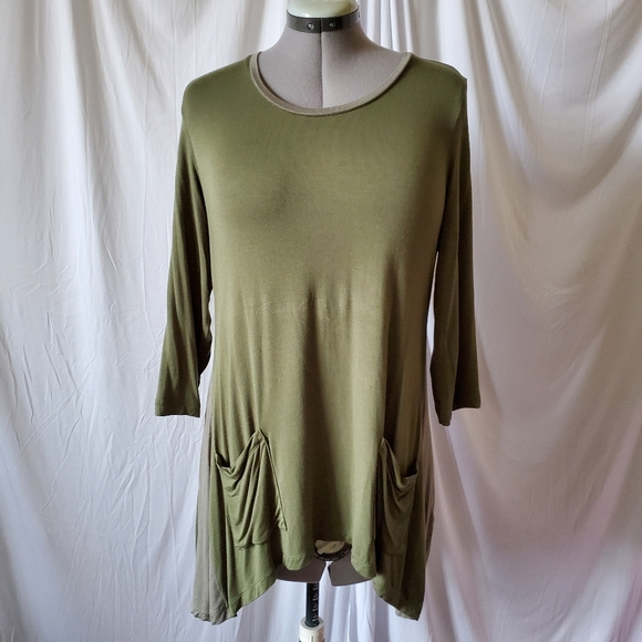 LOGO Lori Goldstein Tunic Top Pockets Olive Green